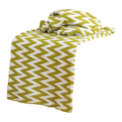 """Rizzy Home - Transitional Lime/White Throw (50"""" x 60"""") - Add a cozy layer of warmth to any bed or sofa with this lovely throw."""