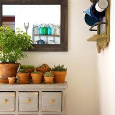 Nick & Spiro's City Farmhouse House Tour   Apartment Therapy