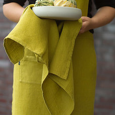 Modern Dish Towels by LinenMe