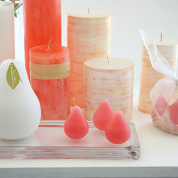 Vance Kitira Pink Sea - A close up look of Vance Kitira Brushed Mini-Pears on our Glass Block Tray