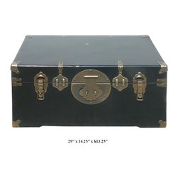 Chinese Handmade Bronze Hardware Camphor Wood Black Lacquer Trunk - This black lacquer trunk is made of camphor wood and comes with nice bronze hardware. Camphor wood is famous for its fragrant smell and insect resistant character.