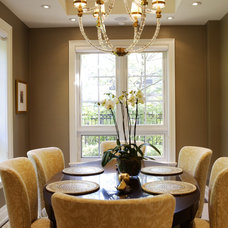 Transitional Dining Room by Gillian Gillies Interiors (GGI)