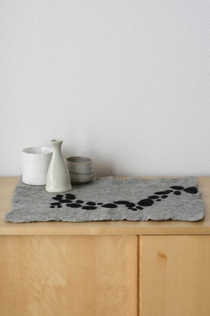 modern table linens by Etsy