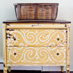 Miss Mustard Seed Milk Paint, Mustard Seed by Atta Girl Says - Take the guesswork out of picking the perfect shade of mustard. This custom-designed color is muted and can transform a drab piece of furniture into something cheerful.