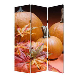 Harvest Screen - You will never be bored out of your gourd again. These larger than life pumpkins can add a bit of boldness to your walls, or give your great room a great deal more interest. This canvas screen offers different perspectives on each side, so you can pick whichever you like according to your mood.