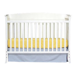 Da Vinci - DaVinci Tyler Crib 5 Piece Set in White - Da Vinci - Baby Crib Sets - M5731W - The Tyler 5 Piece Nursery Set is the perfect solution for parents looking for stylish and affordable furniture for their baby's nursery. The set features a 4-in-1 convertible crib  with a toddler conversion rail included an open changer that comes with a changer pad and a 3 drawer dresser that is perfect with the collection. The crib will grow with your child easily converting into a toddler bed day bed and full-size bed (rails sold separately). The 3 drawer dresser and changer provide ample storage for your baby's things.