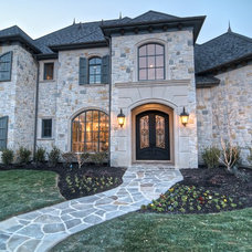 Traditional  by Ron Davis Custom Homes