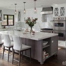 Modern Kitchen by Michelle Salz-Smith, ASID, CID @ Studio Surface