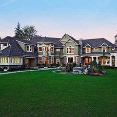 Plan W2389JD: Luxurious Shingle-Style Home Plan