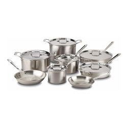 All Clad - All Clad d5 Brushed SS Cookware Set, 14 pc. - d5s patented inner core of premium stainless guarantees more even heating performance over traditional cookware, virtually eliminating hot spots while achieving a new level of stability that is optimised for induction cooking and improves performance on all hob surfaces. Years in development, stainless with patented d5 technology sets a new standard in culinary excellence. The patented stainless core significantly improves stability to prevent warping and maximises the thermal conductivity of aluminium.