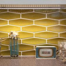 Midcentury Kitchen by Design Vidal