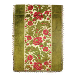 EuroLux Home - Large Consigned Vintage French Holiday Red & Green Table Runner - Product Details