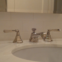 Jo's & Joe's faucet - Deco faucet shown in polished nickel with solid levers.