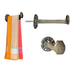 "RailroadWare - Railroad Spike Kitchen Towel Bar 6"" - The RR Spike Towel Bar 6"""