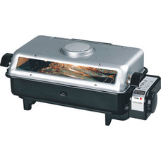 Contemporary Electric Roaster Ovens by SPT Appliance Inc.