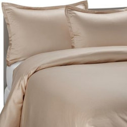 Pure Beech - Pure Beech Sateen Duvet Cover Set in Champagne - This Pure Beech Modal Sateen duvet cover set is made from Modal, a high-strength fiber from the Beechwood trees in Europe. The fabric contains no pesticides or toxic substances.