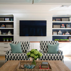 Beach Style Family Room by OLSON LEWIS + Architects