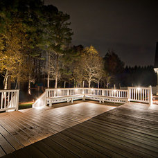 Traditional Deck by Outdoor Advantage