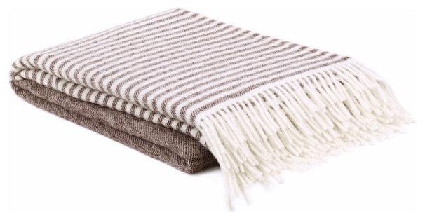 Contemporary Blankets by Urbanara
