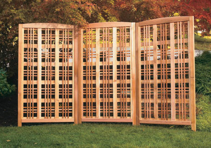 Traditional Home Fencing And Gates by outdoorgardenfurniture.net
