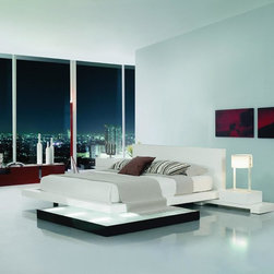 Modrest Collection Galaxy Bedroom in White Lacquer with Walk-On Light Platform - Modern Style Platform  Bed
