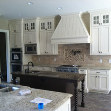 Traditional Kitchen Cabinetry by Southern Cabinet Works Inc