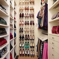 Closet Shoe Organization
