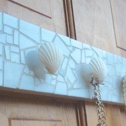 Jewelry Wall Hooks - Hang your beautiful jewelry on this beautiful seashell set of hooks. It features four natural seashells to hang your jewelry on.