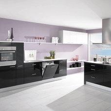 Modern Kitchen by Your German Kitchen
