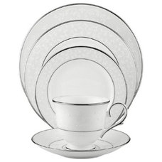 Traditional Dinnerware Sets by Amazon