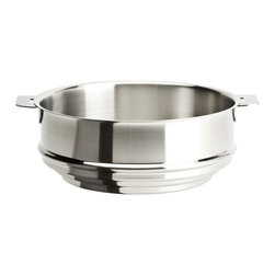 "Cristel - Cristel Strate L Brushed Stainless Universal Steamer 7.87"" - The base is made out of an alloy of stainless steel and aluminum. The heat is simultaneously spread over the whole surface of the base and sides. For gentle, economic cooking with no risk of sticking and protecting all the nutritional qualities of food. Multicooking: suitable for all cooking cooktops; can also be placed on the oven (with or without the lid). Body in 18/10 brushed finish stainless steel. Handles in comfortable stainless steel, welded to the saucepans and riveted to the pans. Can be hung up by the handle for easy storage.Inside grading. Dishwasher safe.. Made in France."