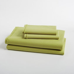 Organic Cotton Frayed Edge Sheet Set, Leek - These green sheets will breathe new life into any bed. They are clean, crisp, bright and cheery.