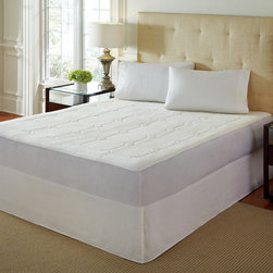 None - PureRest 0.5-inch Quilted Twin/Full-size Memory Foam Mattress Pad - Get a restful night's sleep and wake up feeling refreshed with this stylish bamboo memory foam mattress pad. This mattress pad cradles the body in luxury. Each pad comes with an easy-care bamboo and polyester cover for added comfort.