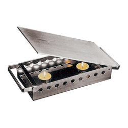 Paderno World Cuisine - 7 1/8 in. X 17 3/4 in. Plate/Dish Warmer - This 7 1/8 in. X 17 3/4 in. Paderno World Cuisine plate and dish warmer is incredibly useful. This tea-light plate warmer comes with a stainless steel frame and an aluminum top. Versatile and stable, it has dual handles.