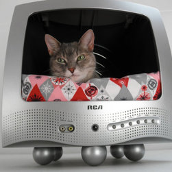 Recycled TV Pet Bed by Lucky Lenore Vintage - Make your furry friends the stars of their own shows in this fun pet bed.