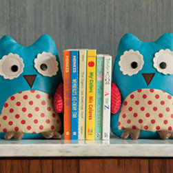 Zoo Bookends, Owl - This lovely pair of owls will surely make your kids smile with delight — and maybe even increase their interest in reading?