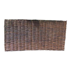 "Master Garden Products - Willow Woven Hurdle Panel, 72""L x 36""H, Set of 2 Pieces - These beautiful willow hurdles are hand woven, to a traditional design, has an outdoor life of approximately eight years and needs no added treatment. Can be easily set up by nailing them to the wood post or tied to a metal chain link fence. The woven pattern can be changed according to your taste by placing them vertically or horizontally. These hurdles panels have a variety of uses, from providing attractive windbreakers to dividing areas in your garden. They can be set up and viewed horizontally or vertically. The are very flexible and bendable, which is ideal for irregularly shaped and circular pattern screening. Our willow hurdle panels can bend up to 120 degrees, three 72"" wide panels can be installed in a circle up to 72"" in diameter."