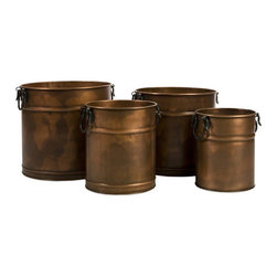 Round Copper Planters - Set of 4 - This set of four round planters can be used for anything from housing plants to storing extra towels and toilet paper. Featuring a rustic copper finish and iron handles, they come as a set of four in varying sizes and are safe to use indoors and out.