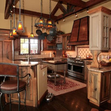 Traditional Kitchen by D&M Designs