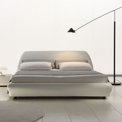 Rossetto | Downtown Platform Bed -
