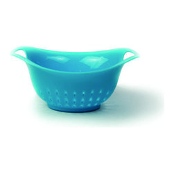 Architec Gripper 1 Quart Colander Blue - The Architec Preps 1 quart colander features an elongated design to prevent spillovers. The colander is the perfect size for berries or other fruits & vegetables and features a non-slip Gripper base. Dishwasher safe for easy cleanup.