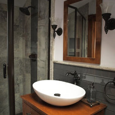 Traditional Bathroom by Ohana Construction Inc
