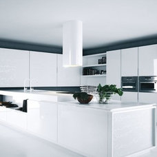 Beauty and Comfortable of White Kitchen Interior Idea Modern Kitchen white lacqu