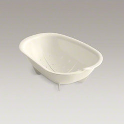 "KOHLER Woodfield(R) 12-5/8"" x 8-7/8"" x 4-3/8"" colander"