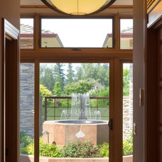 Contemporary Entry by Alan Mascord Design Associates Inc