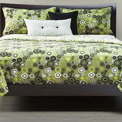 Going Green Bedding Set By SIS Covers - Going Green Bedding Set offers exceptional bedding products. This bedding lines create a space that`s beautiful functional comfortable and personal. The designs have current colors and designs that allow for individual style. Going Green Bedding Set come with reversible duvet covers that allow you to redecorate your bedroom in a flip. Simply turn your comforter over for a completely different yet coordinated look.