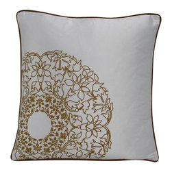 VIG - Modrest Transitional White and Gold Print Throw Pillow, White - Modrest Transitional White and Gold Print Throw Pillow