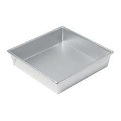 Chicago Metallic - Chicago Metallic Commercial II 9-Inch Square Cake Pan - Every kitchen needs a square baking pan. And this heavy-duty commercial grade pan will stand up to anything. Glass pans break. Lightweight pans warp. Give yourself the gift that keeps on giving. And bake!