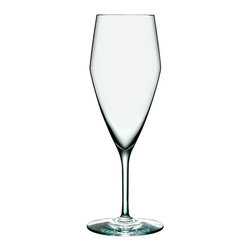 Holmegaard - Perfection Champagne Flute - Set of 6 - Holmegaard - For the first time ever Sommeliers can choose a Holmegaard glass created to be a professional wine glass. The range has been created by experts who know what a wine glass should do and at the same time pays tribute to Holmegaard's tradition of strong, timeless design.
