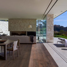 point king residence by HASSELL overlooks port phillip bay